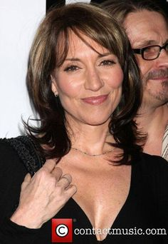 Katey Sagal Fox TV Winter All Star Party at MyHouse - Arrivals - Pictures) Gemma Teller Hair, Gemma Teller Morrow, Sons Of Anarchy Gemma, Serie Sons Of Anarchy, Peggy Bundy, Katey Sagal, Fox Tv, Star Wars, Celebrity Beauty
