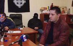 Блогер: кожен, хто в період Майдану боровся проти свавілля влади й правоохоронців — сьогодні чи не злочинець http://dneprcity.net/blogosfera/bloger-kozhen-xto-v-period-majdanu-borovsya-proti-svavillya-vladi-j-pravooxoronciv-sogodni-chi-ne-zlochinec/  Харченко розповів, що брали 300-400 євро з одного мікроавтобуса Під час Майдану, 22 лютого 2014, начальника Чопської митниці Міндоходів Сергія Харченка, який фактично отримав посаду від свого родича міністра доходів