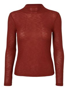Knit blouse from VERO MODA. Style it with a pair of blue denim jeans.