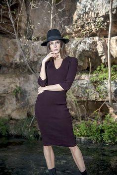 Πλεκτό midi φόρεμα V σε σκούρο μωβ χρώμα – onesize Winter, Style, Fashion, Winter Time, Swag, Moda, Stylus, Fashion Styles, Fashion Illustrations