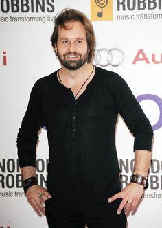 Alfie Boe Photos: Nordoff Robbins O² Silver Clef Awards