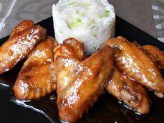 Aripioare lipicioase - CAIETUL CU RETETE Cordon Bleu, Chicken Wings, Carne, Food And Drink, Cooking Recipes, Meat, Cookies, Gourmet, Crack Crackers
