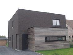 Huis - gebouwd met de cassis baksteen van steenfabriek Nelissen