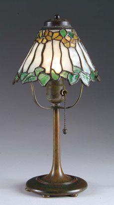 Bigelow & Kennard Boudoir Table Lamp