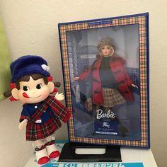 #pekochan #fujiya #gundam #barbie #burberry My Teddy Bear, Burberry Prorsum, Drawing Stuff, Fuji, Gundam, Barbie, Drawings, Instagram Posts, Decor