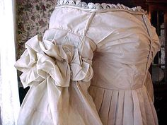 1828 gown detail