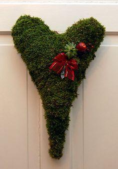 Sammaltyöt | Risulinnun pesässä Garden Art, Christmas Wreaths, Holiday Decor, Outdoor, Image, Home Decor, Christmas Swags, Outdoors, Homemade Home Decor