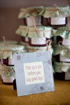 Mason Jar Pie favors | The Lovely Cupboard