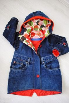 Kids jacket from upcycle jeans - great way to use up all that complicated pocket stitchwork     http://hommahuone.blogspot.fi/2014/03/takin-tarina.html