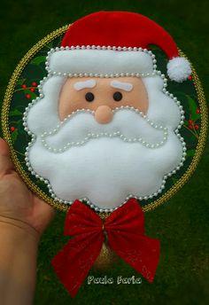 45 Button and Felt DIY Christmas Ornaments - Felt Christmas Stockings, Handmade Christmas Decorations, Felt Decorations, Felt Christmas Ornaments, Etsy Christmas, Christmas Sewing, Christmas Poinsettia, Christmas 2017, Christmas Cookies