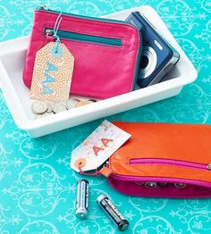 Fill coin purses with a single size of rechargeable batteries. Carry them along with on-the-go devices such as digital cameras, flashlights, and media players.