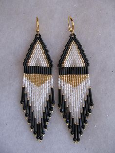 Beadwoven Earrings - White/black Bugle by Pattidoodle, via Flickr - MANY MORE Native American Beaded Earrings & Authentic Native Jewelry on Jewelry :: Unique