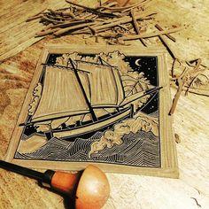 Demain, je hisse les voiles (rouges)⛵️#chaloupe #voile #bretagne #breizh #mer #ocean #sea #boat #linocut #linograbado #lino #linogravure…