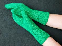 Neulotut lapaset – kolme perusohjetta - Yhteishyvä High Socks, Fingerless Gloves, Arm Warmers, Mittens, Embroidery, Knitting, Crochet, Knits, Fashion