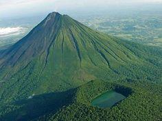 Geografia de Costa Rica Volcán Arenal y cerro Chato - vma.