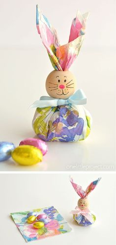These paper napkin bunny favors are SO CUTE! With dollar store paper napkins and foil covered chocolate eggs you can make adorable Easter treats to give away to the kids, grandkids or even to… Continue Reading → Ostern Party, Diy Ostern, Easy Easter Crafts, Crafts For Kids, Diy Crafts, Bunny Crafts, Architecture Origami, Decoration Christmas, Easter Activities