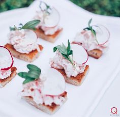 Q Catering' Lobster Salad 🥗 with Tarragon and Shaved Radish...  Let us assist you with your cocktail 🍸 party, corporate event, and special 🍾🎉occasion or 👰🏼wedding.  For more on our services...menu ideas and options check us out and/or request a quote @ www.q.catering.com  🍽SERVING GREATER LOS ANGELES & THE SAN FERNANDO VALLEY  Request a quote 📞424.218.5375  Follow us on Facebook @ Q Catering Instagram: https://www.instagram.com/qcateringusa/   #dtla #weddingideas #bride #weho
