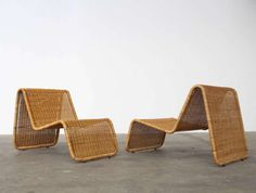 For Sale on - Wonderful pair of sculptural lounge chairs designed by Tito Agnoli for Bonacina. Tubular lacquered steel frame with woven wicker. Due to professional weather Lounge Chair Design, Lounge Chairs, Cool Furniture, Furniture Design, Leather Lounge, Faux Bamboo, Italian Furniture, Mid Century Furniture, Chair And Ottoman