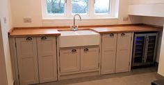 This fantastic 'Double' Belfast sink unit is perfect for utility/laundry rooms.It not only has a super extra large Belfast sink, but cupboard space for two normal sized freestanding appliances …..(swipe to see inside)! The large undersink cupboard gives you plenty of space for all those bottles of detergent and cleaning products - leaving your huge worksurface clutter free! (This unit is painted in Farrow and Ball's 'elephants breath' with an 'antique waxed' oak worktop and metal cup…