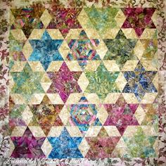 "Laundry Basket Quilt of the Day - ""Pathway Star"" #quiltoftheday #laundrybasketquilts #edytasitar #patchwork #quilting"