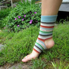 I have a pair of socks that I've loved (and worn) to pieces but I haven't been able to bring myself to just toss them out quite yet. Oh the fun I've had tromping around in them! I decided to …
