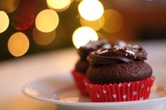 Chocolate cupcakes #frosting #chocolate #muffins