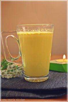 """Lapte de aur"" pentru raceli, migrene sau depresie – Ama Nicolae Health Snacks, Living A Healthy Life, Breakfast Smoothies, Dental Health, Natural Remedies, Food And Drink, Gluten Free, Tableware, Desserts"