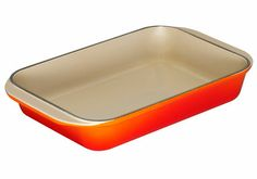 This sturdy Cast Iron Roasting Dish is indispensable in the kitchen.It is big enough to hold an entire chicken or leg of lamb, resistant enough to withstand the high searing temperatures of the oven or barbeque, and sturdy enough to lift with ease. It's also perfect for pasta, desserts or pies.