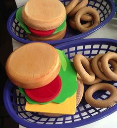 ON SALE NEW Wooden Play Food : Hamburger and Onion Rings with Basket on Etsy, $17.55