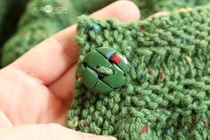 Lisa Clarke's Tweed Button tute emphasizing how to match yarn to polymer color.  #Polymer #Clay #Tutorials