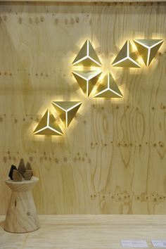 ALEX FITZPATRICK – the award-winning LIGHT GARDEN series was showcased in bronze, the first of a new incarnation of a new collection for the series. With the geometric wall lights highly customisable in both size and finish, the installation was a big hit with specifying interior designers.