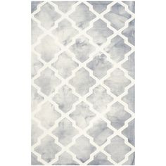 Crafted of hand-tufted wool and dyed twice, Safavieh's unique Dip Dye Collection brings beautiful, works of art to your décor. The Diamonds Rug combines a classic pattern with sophisticated colors for an elegant look on your floor. Grey Rugs, Beige Area Rugs, Wool Area Rugs, Watercolor Rug, Textured Yarn, Hand Tufted Rugs, Quatrefoil, Accent Rugs, Woven Rug