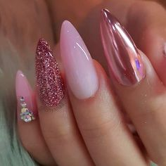 30 SWEET WINTER AWESOME NAIL DESIGN - Fashion & Glamour Trends 2019 - Katty Glamour Nail Art Designs, Chrome Nails Designs, Round Nail Designs, Acrylic Nail Designs, Funky Nail Designs, Orange Nail Designs, Glam Nails, Stelito Nails, Fancy Nails