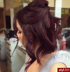 modèles de coupes et couleurs pour cheveux courts 20 Cute Hair Color Styles for Short Thick Hair…Short hairstyle fall winter the most Wonderful Spring Hair Color Blonde Rose Gold! Get… cut and color models for short hair