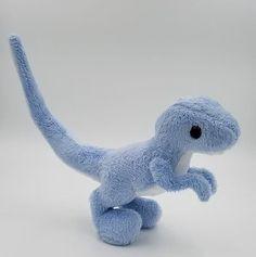 Sewing Stuffed Animals, Cute Stuffed Animals, Stuffed Animal Patterns, Cute Animals, Sock Animals, Raptor Dinosaur, Plushie Patterns, Softie Pattern, Cute Plush