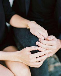 Muitas pessoas questionam o motivo de se fazer uma sessão de casal antes do casamento e por isso hoje trazemos 5 razões para te convencer que é uma excelente ideia! |Link no perfil| Foto por L'Artisan Photographe  #casamentoaoarlivre #casamentonapraia #casamentonocampo #casamentodedia #casaraoarlivre #casarnapraia #casarnocampo #noivafineart #noivafashion #noivasdobrasil #fiqueinoiva #inspiracaodecasamento #blogdecasamento #luminousbride #weddingblog #fineartwedding #fineartphotography…