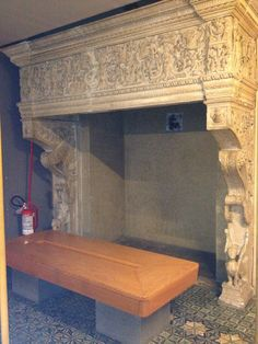 This is an original fireplace in Rodrigo Borgia's appartments in the Vatican. Where the (modern) bench is placed today, the pope used to sit together with his loved ones. Los Borgia, Lucrezia Borgia, The Borgias, Pope Paul Iii, Dario Fo, Modern Bench, Greed, Case, Crime