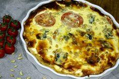 Spinat-Gorgonzola-Quiche mit Tomaten