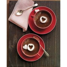 Hot Chocolate with Marshmallow Hearts ❤ liked on Polyvore featuring backgrounds, food, fillers, pictures and foto
