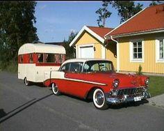 1956 Chevy Bel Air and caravan, classy. Old Campers, Vintage Campers Trailers, Retro Campers, Vintage Caravans, Camper Trailers, Classic Campers, Small Trailer, Vintage Rv, Go Camping