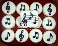 Ideas For Music Theme Food Sugar Cookies Cut Out Cookies, Fun Cookies, Sugar Cookies, Decorated Cookies, Music Cookies, Music Themed Cakes, Music Theme Birthday, One Smart Cookie, Graduation Cupcakes