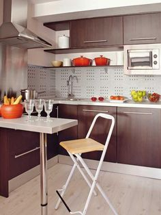 cocina_2 Cocina Office, Folding Chair, Table, Furniture, Mini, Home Decor, Smell Good, Kitchens, Interiors