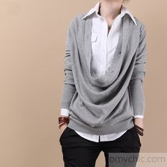 Gray knitted loose fitting sweater top