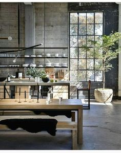 5 Brilliant Ways To Use Industrial Lighting Design Industrial De. - 5 Brilliant Ways To Use Industrial Lighting Design Industrial Design Ideas what you - Estilo Industrial Chic, Loft Industrial, Industrial Interior Design, Vintage Industrial Decor, Industrial Interiors, Home Interior Design, Kitchen Industrial, Industrial Bedroom, Kitchen Interior