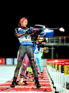 Vanessa Hinz — deutsche Biathletin ☼ Xc Ski, The Sporting Life, Ski Posters, Sports Celebrities, Swim Caps, Cute Posts, Cross Country Skiing, Winter Beauty, Sports