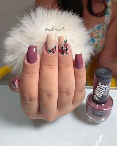 25 Modelos de Unhas decoradas com Esmalte - Love Nails, How To Do Nails, Pretty Nails, Cute Acrylic Nails, Gel Nails, Finger Nail Art, Healthy Nails, Stylish Nails, Purple Nails