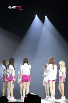 SNSD - This was my favorite performance of Into The New World until the ballad @ the Tokyo Dome.