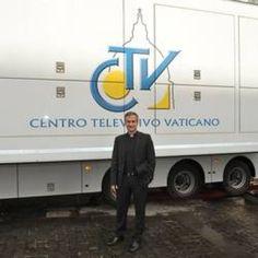 """Intervista a Viganò: """"Il Papa della prossimità. Francesco è come appare in tv"""""""