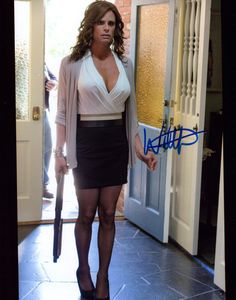 WALT GOGGINS AS VENUS VAN DAM FROM THE HIT SHOW SONS OF ANARCHY 8 X 10 PHOTO SIGNED BY WALT GOGGINS