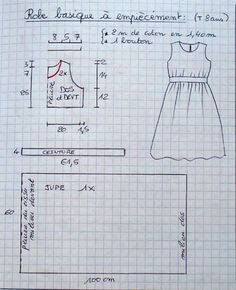 Cette robe basique en cotonnade est déclinable selon toutes les fantaisies. Sa ceinture est cousue à la taille et le dos est fermé par un simple bouton. Le patron est en tailles 5 ans à 9 ans , mais l'exemple est dessiné en taille 8 ans. Ce patron peut...